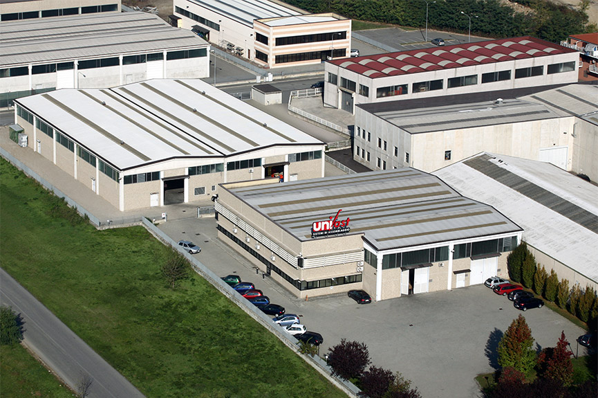 UNIFAST aus der Luft am Standort Settimo Torinese bei Turin